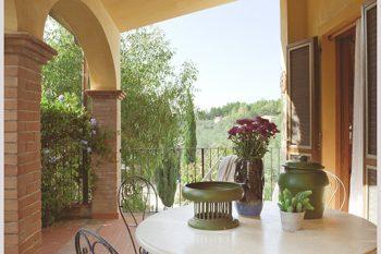 eucalipto-tavolo-terrazza
